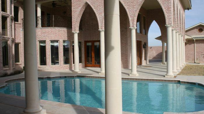 unsupassed-beauty-pool
